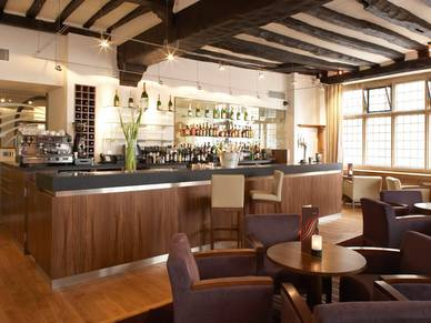Bar des Hotels, Business English in Canterbury