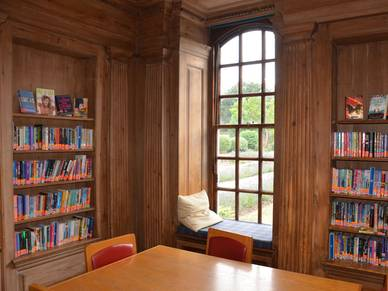 Bibliothek Princess Helena College - Schüler Sprachschule Cambridge