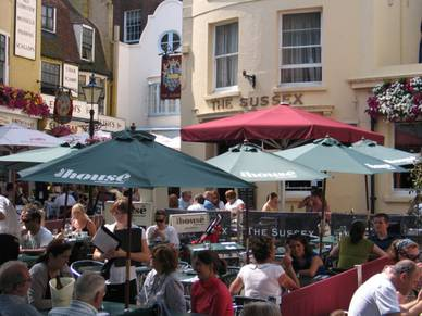 Biergarten in Brighton, Business Englisch Sprachreisen England