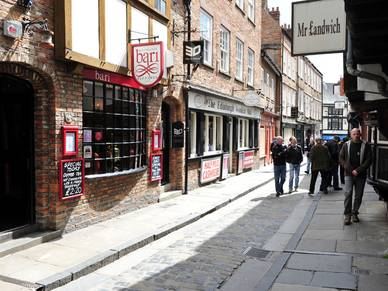 Snickelways of York, Business Sprachreisen nach England