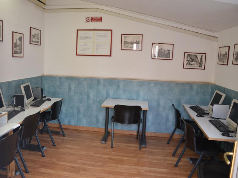 italienisch sprachschule rom zentral italien dialog. Black Bedroom Furniture Sets. Home Design Ideas