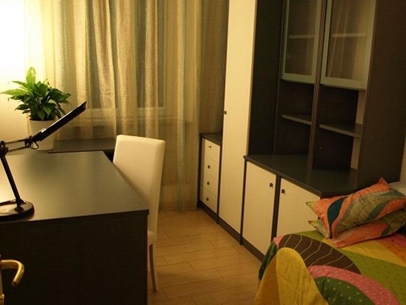 italienisch sprachschule rom unterkunft. Black Bedroom Furniture Sets. Home Design Ideas