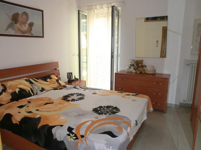 sprachreise san remo italien unterkunft dialog. Black Bedroom Furniture Sets. Home Design Ideas